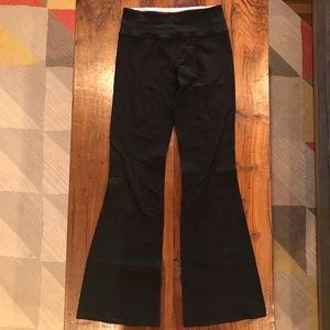 Lululemon Throw Back Yoga Flare Pants Black Size 4